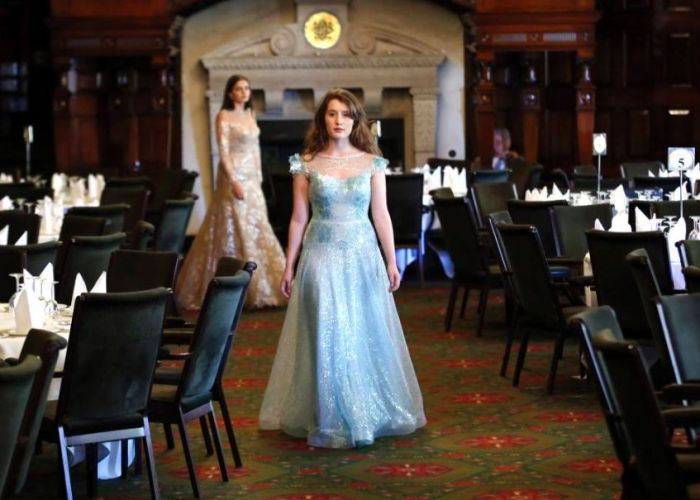 Queen Charlotte's Ball 2012 (21 pics)