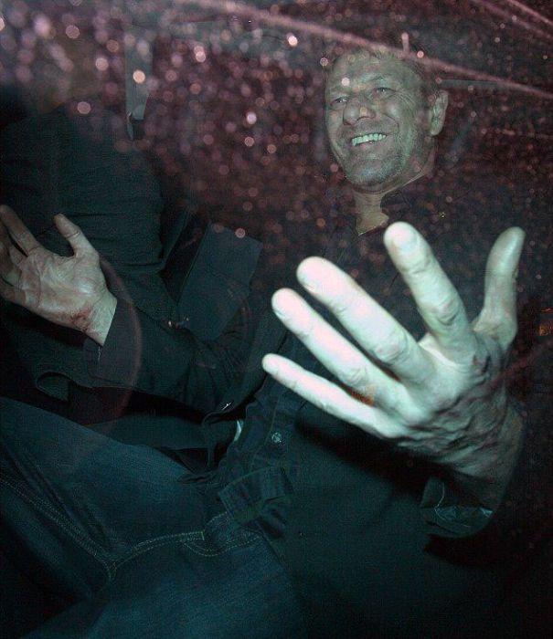 Drunk Sean Bean (13 pics)