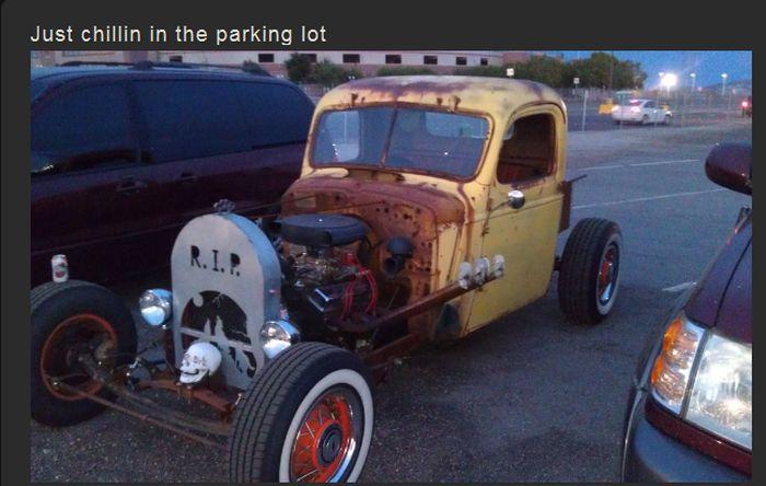 Creepy Car (5 pics)