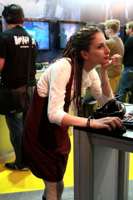 Girls of the Russian Game Expo (88 pics)
