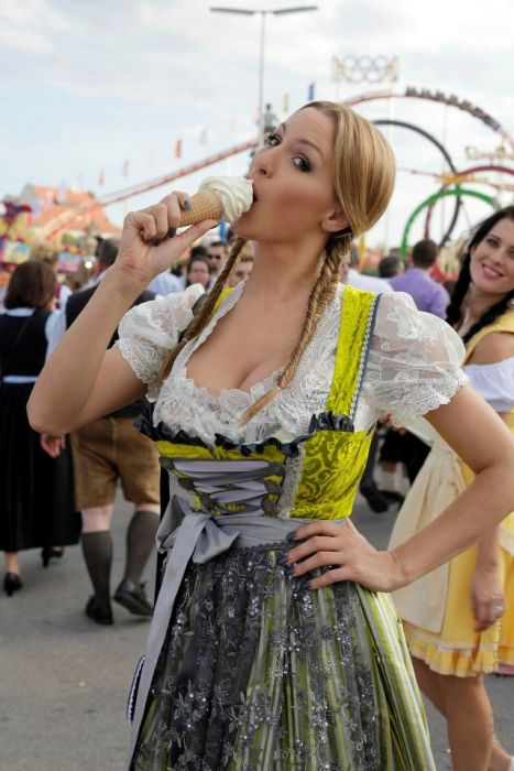 Busty Model Jordan Carver Visits Oktoberfest (38 pics)