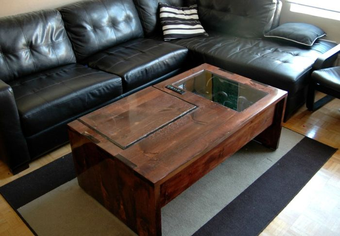 Coffee Table Computer (20 pics)