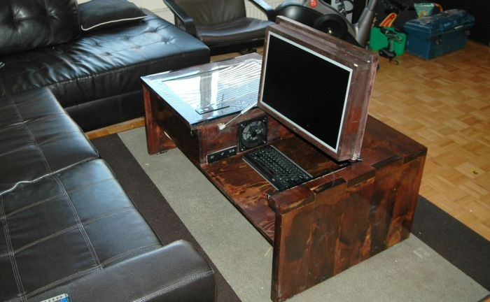 Coffee Table Computer (20 pics)