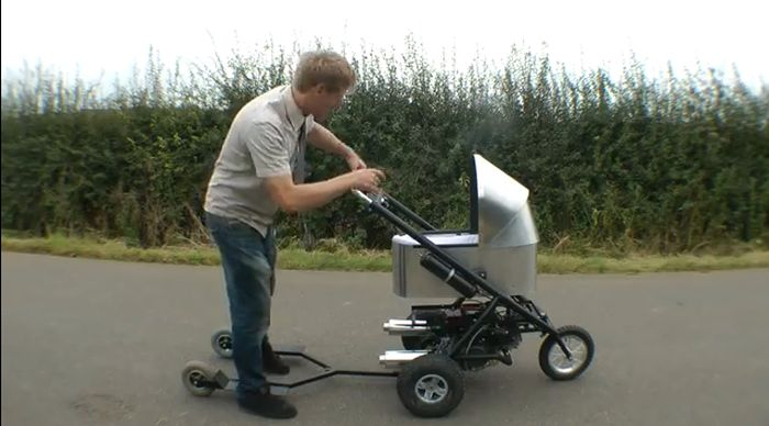 The Fastest Baby Stroller in the World (8 pics)
