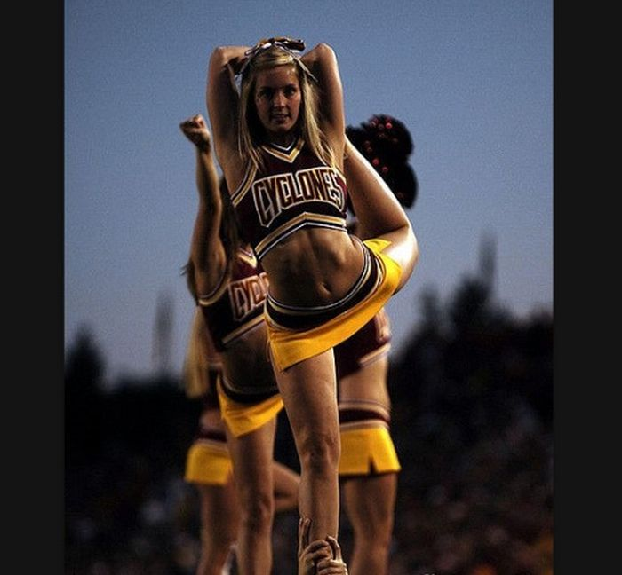 KSU vs Iowa State Cheerleaders (103 pics)
