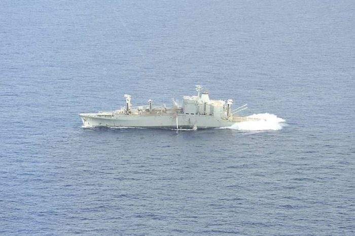 Torpedo vs a Ship (32 pics)
