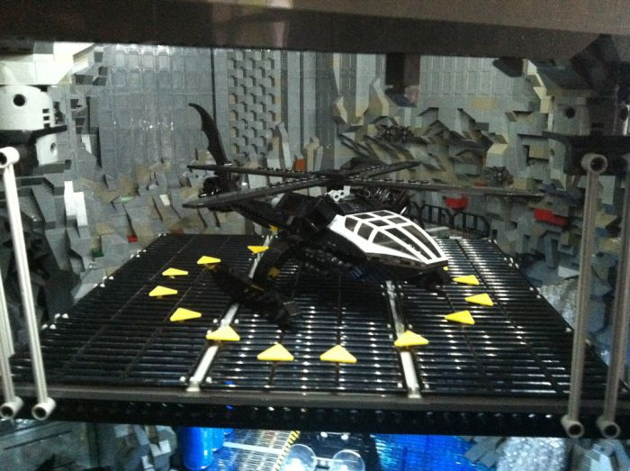 Epic LEGO Batcave (32 pics)