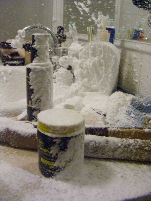 Shaving Cream Can Explosion (6 pics)