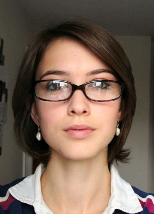 Sexy Girls In Glasses 45 Pics