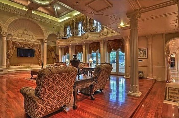Chateau D'Or Is Now on Sale for $25 Million (20 pics)