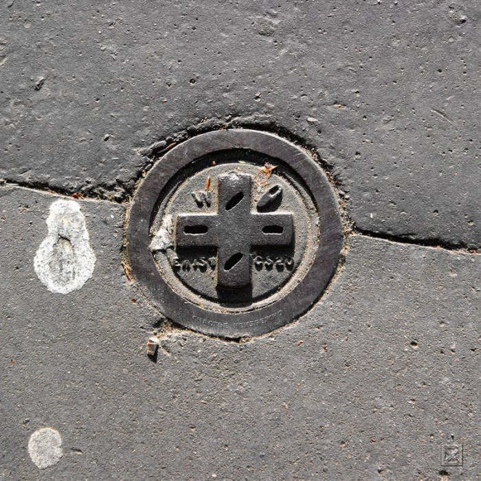 Manhole Collection (44 pics)
