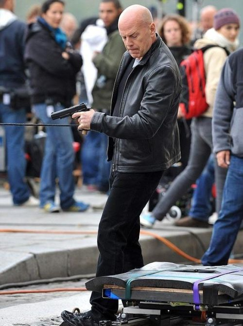 "On the Set of ""Red 2"" Movie (13 pics)"