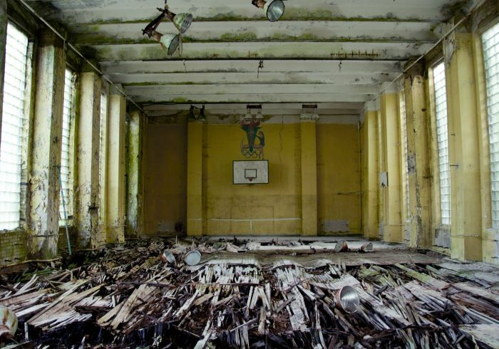 Abandoned Places (70 pics)