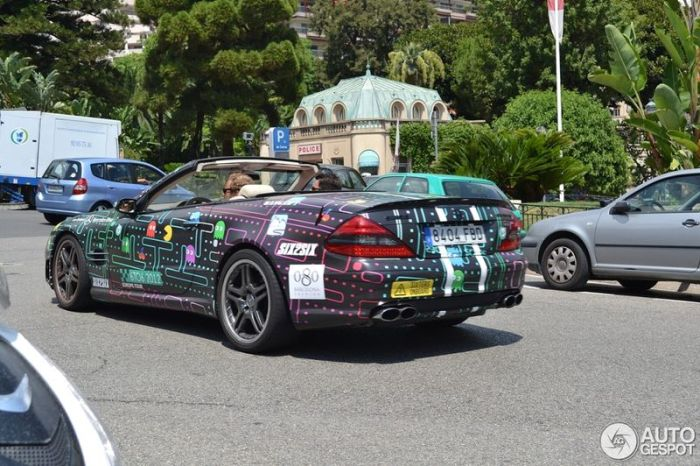 Mercedes-Benz SL 65 AMG of Pacman Fan (4 pics)