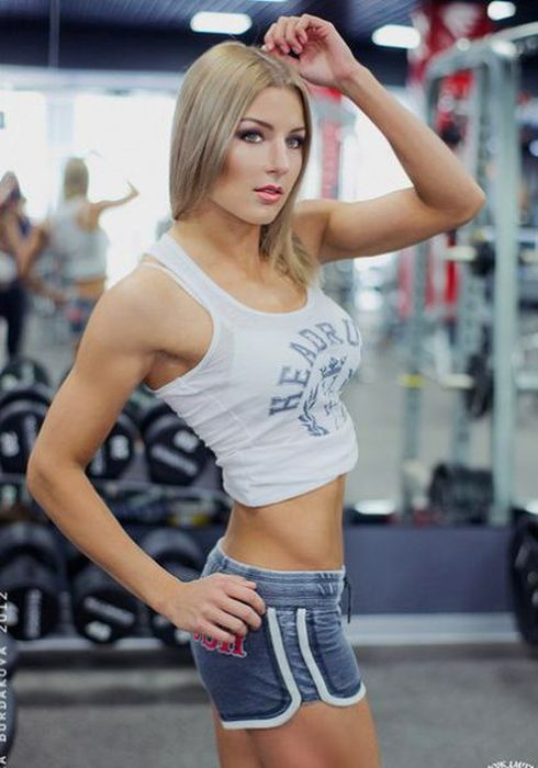 Catherine Vandareva is a Model Boxer (40 pics)