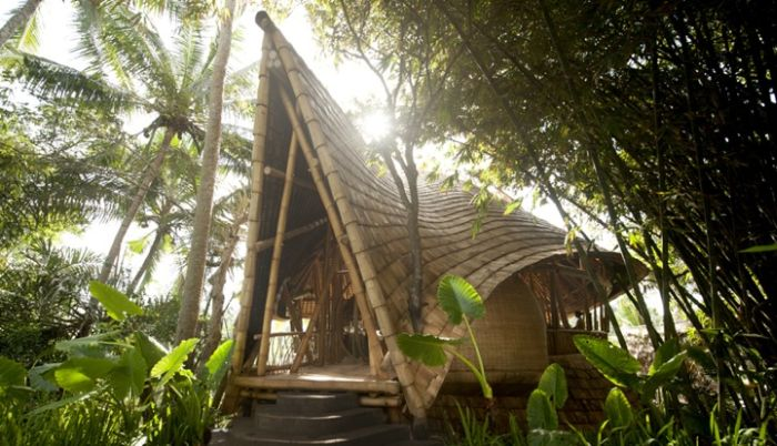 Bamboo House in Bali (15 pics)