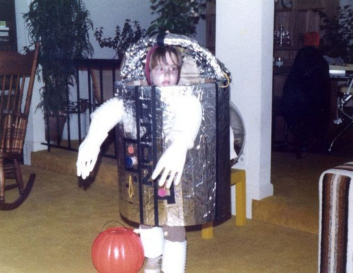 Vintage 1970's Homemade STAR WARS Costumes (18 pics)