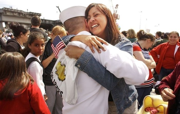 Great Pictures Of Military Families Reunited (21 pics)