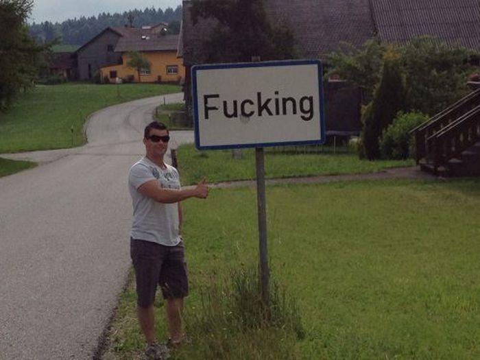 WTF Signs (35 pics)