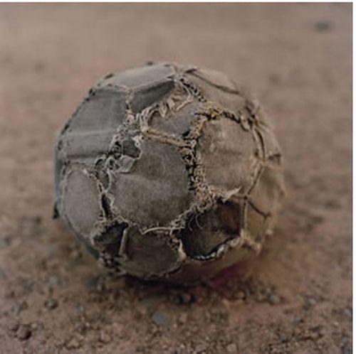 African Kids Love Soccer (22 pics)