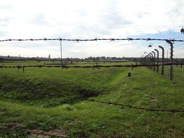Auschwitz Concentration Camp (40 pics)