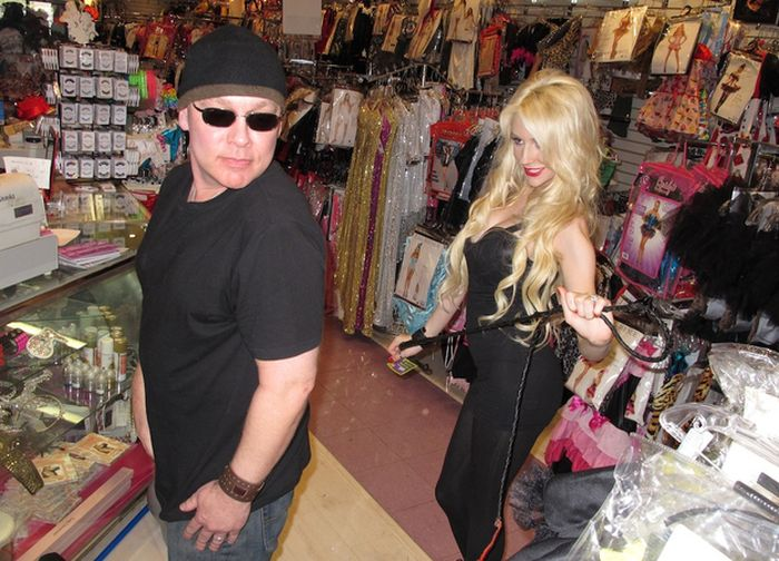 Courtney Stodden Tries on Halloween Costumes (10 pics)