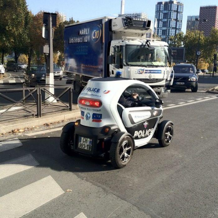 Police Cars (67 pics)