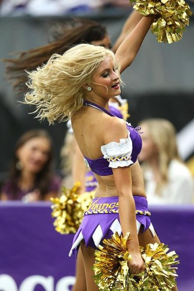 Minnesota Vikings Cheerleaders (90 pics)