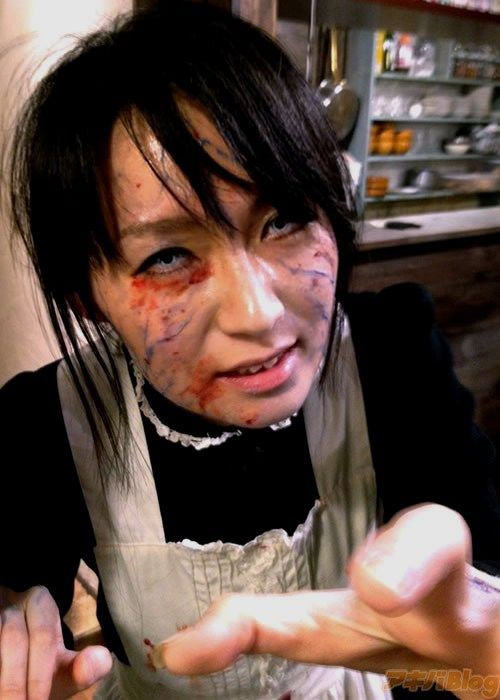 Tokyo Restaurant Ready for Halloween (19 pics)