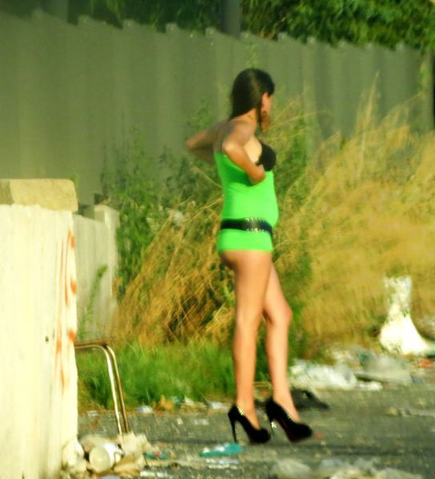 Italian Hookers. Part 2 (32 pics)