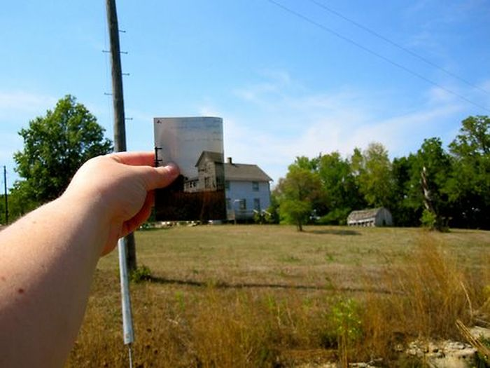 Photos Meet Reality (70 pics)
