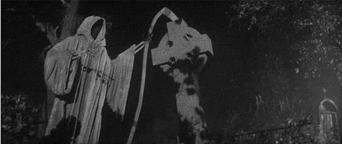 Horror Gifs (33 pics)