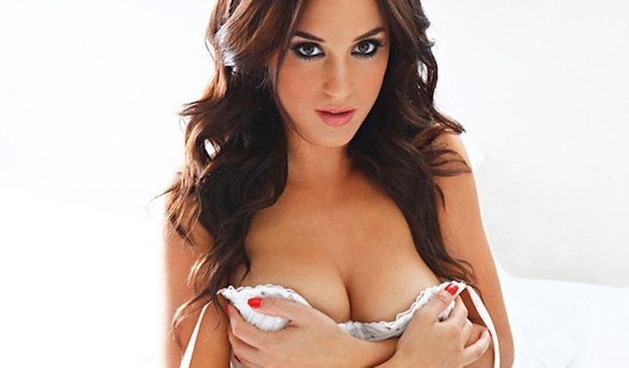 Best Natural Breasts of 2012 (58 pics)
