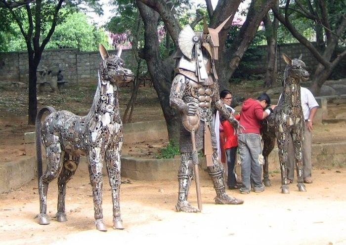 Car Part Sculptures (24 pics)