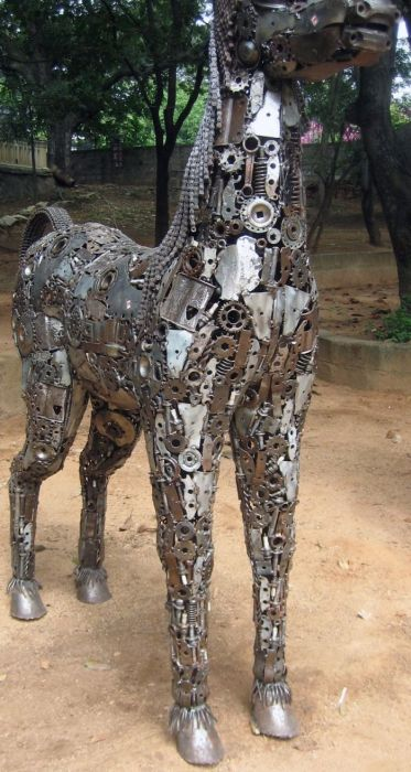 Car Part Sculptures (24 pics)