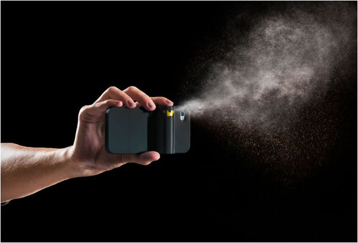 Pepper Spray Phone Case (12 pics)