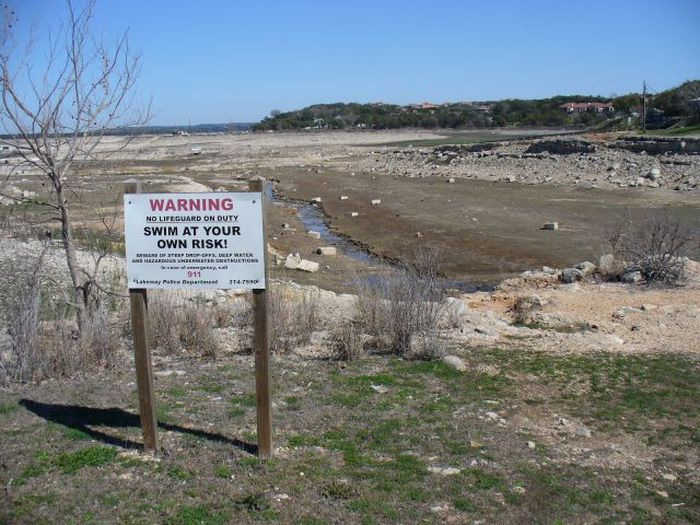 Lake Travis is Almost Gone (16 pics)