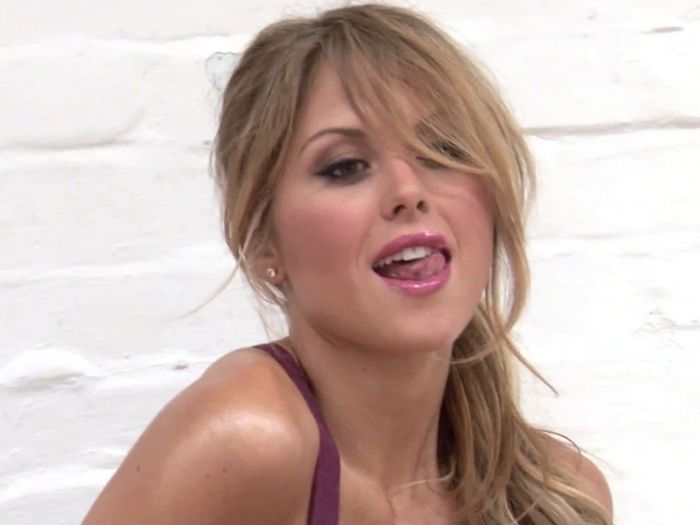 Brittney Palmer Pictures (49 pics)