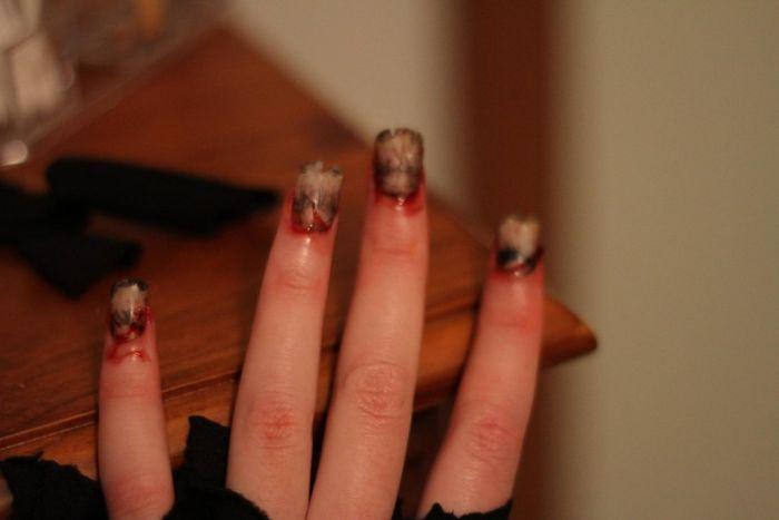 Scary Zombie Audrey Hepburn (11 pics)