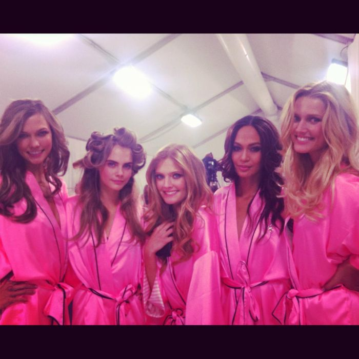 Behind The Scenes Of The 2012 Victoria's Secret Fashion Show (42 pics)