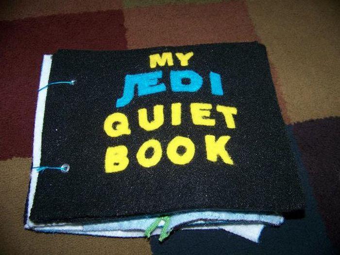 Jedi Quiet Book (12 pics)