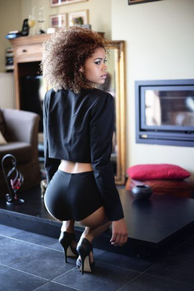 Hot Black Girls (45 pics)
