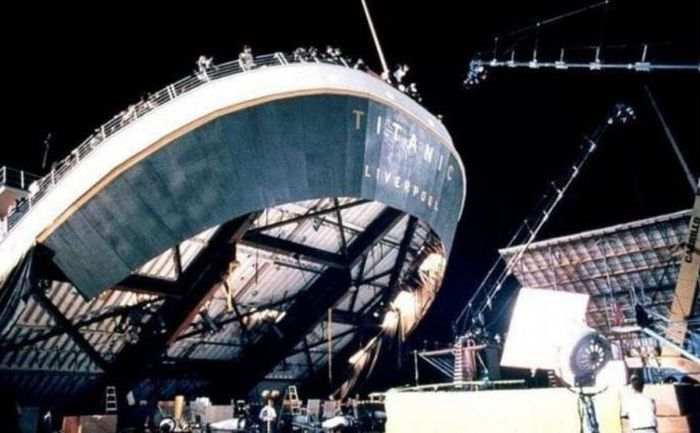 Titanic. Behind The Scenes (34 pics)