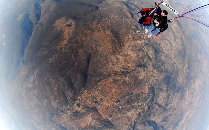 Helium Balloons Flight (12 pics)