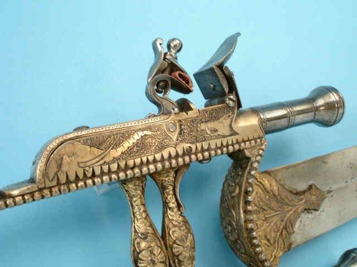 The Gun Katar (10 pics)