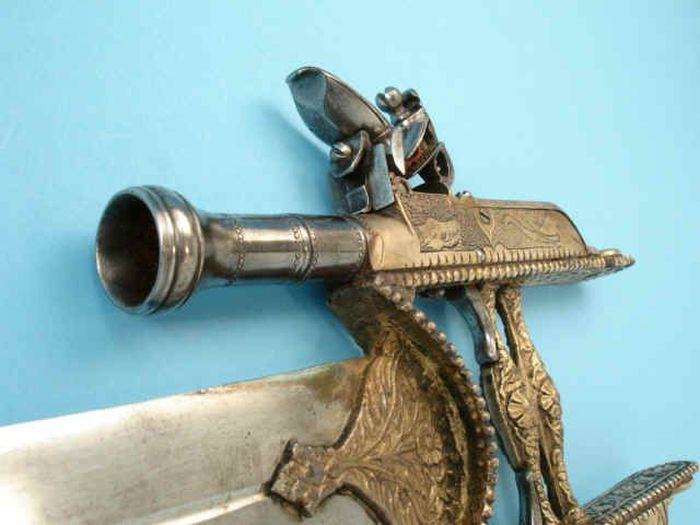The Gun Katar (10 pics)