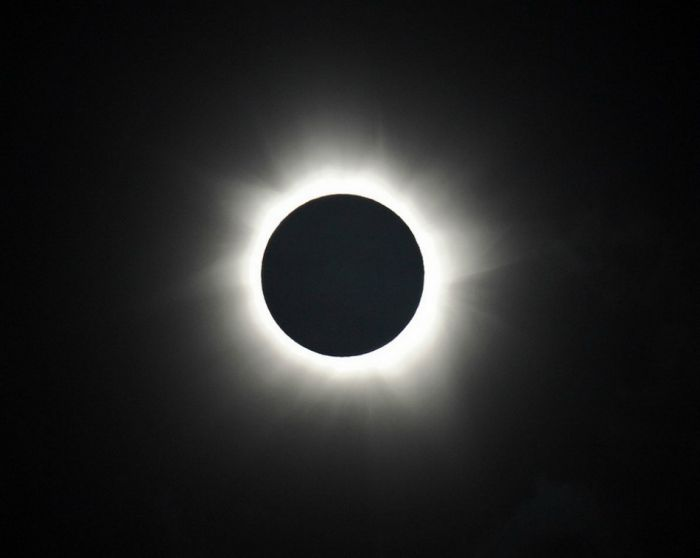 Total Solar Eclipse (17 pics)