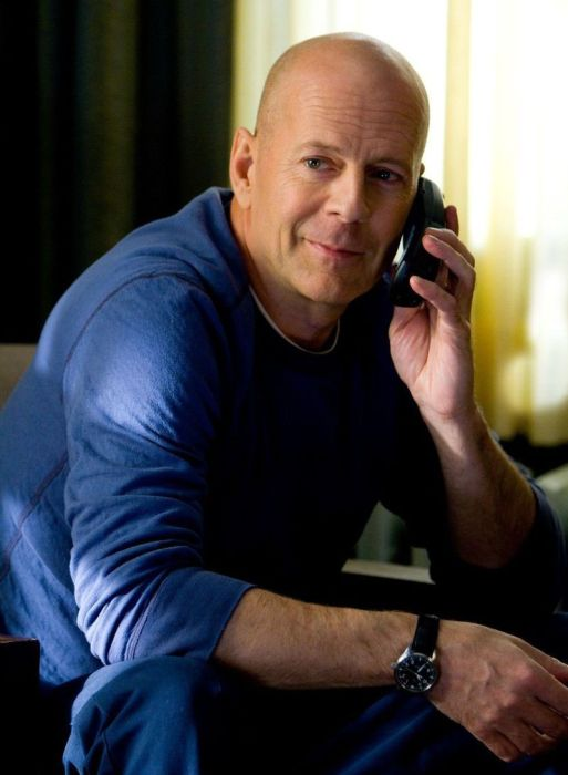 Bruce willis filmography 65 pics for Celebrity wearing panerai