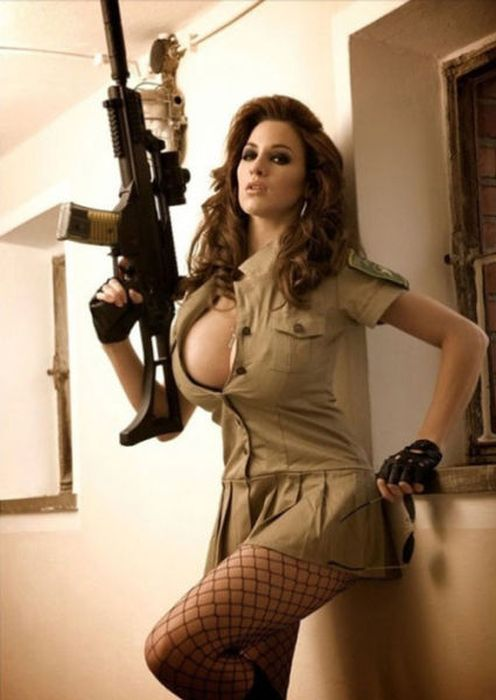 Bad Girls Have More Fun (39 pics)