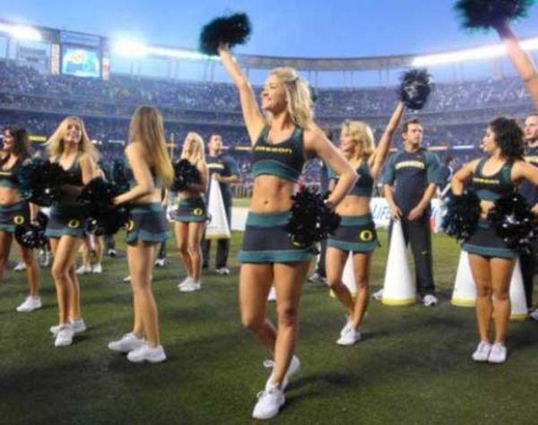 Oregon Cheerleaders (93 pics)